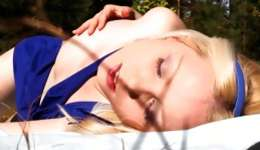 You will be glad watching this splendid blonde caressing he snatch