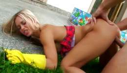 Topless blonde topless and sexy getting fucked sucking a hard dick
